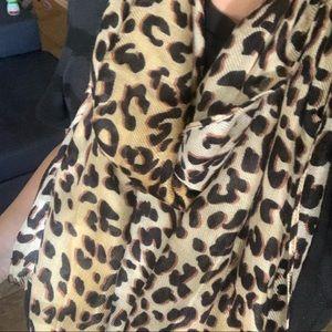 Nordstrom rack animal print scarf